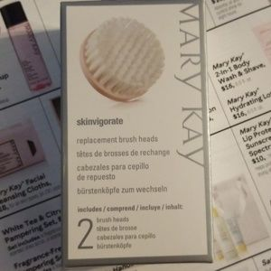 Mary Kay Skinvigorate brush heads I